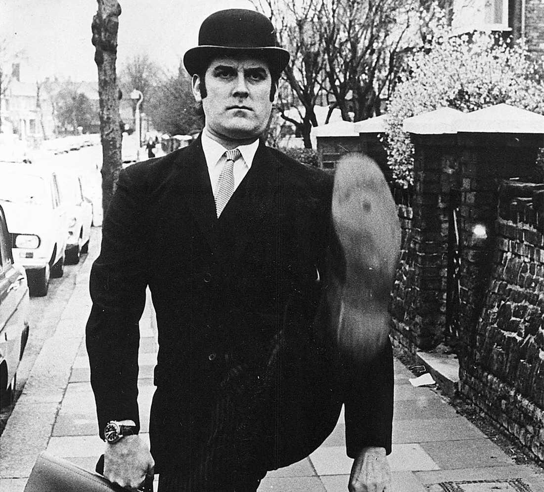 """silly walks  John Cleese i kultförklarade tv-serien """"Monty Pythons flygande cirkus"""". Foto: AP"""