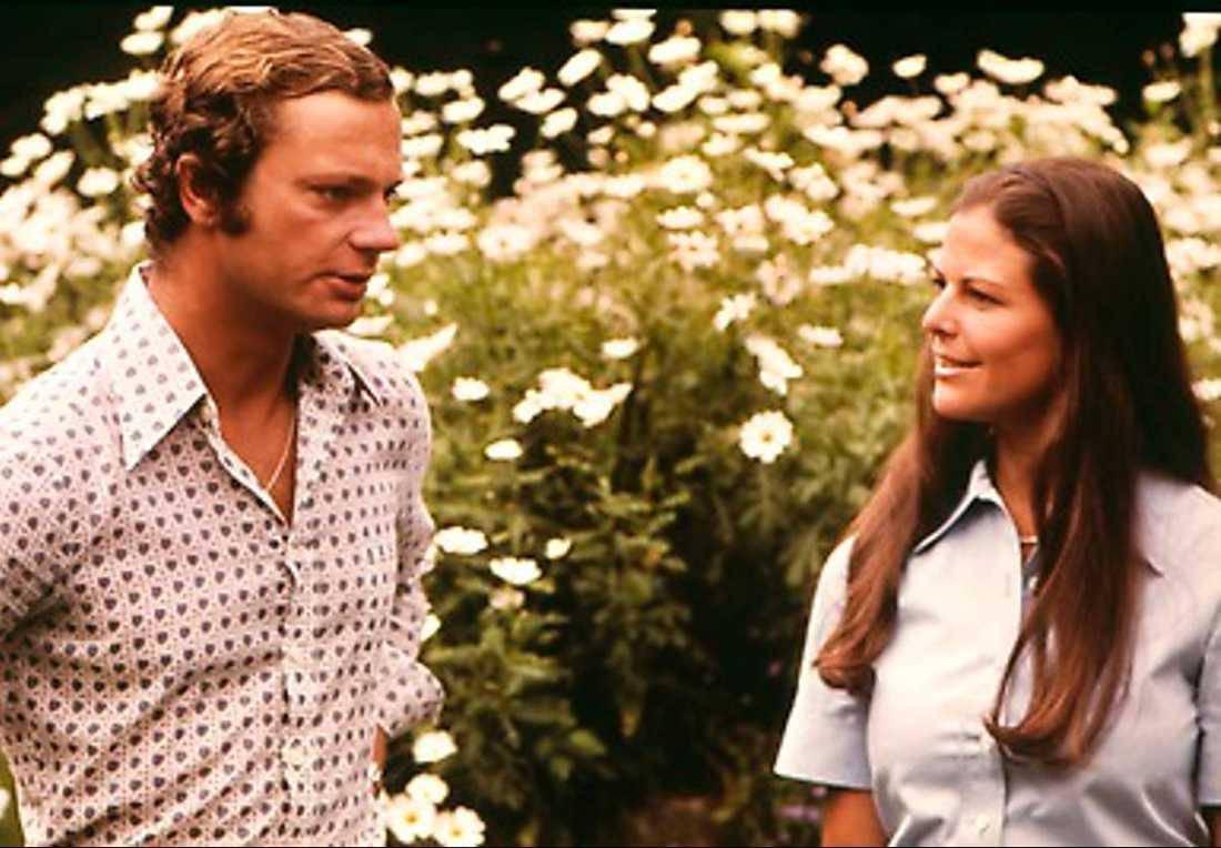 Kungen och Silvia: Efter bröllopet 1976 firade kungaparet delar av sin smek-månad  på Hawaii.