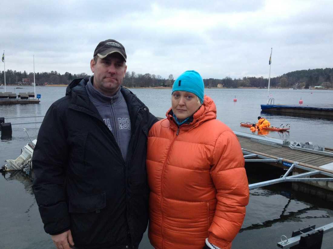 Missing Peoples dykare Morgan Sköld och Kicki Randmael hittade kroppen efter en försvunnen man utanför Ljusterö i dag.