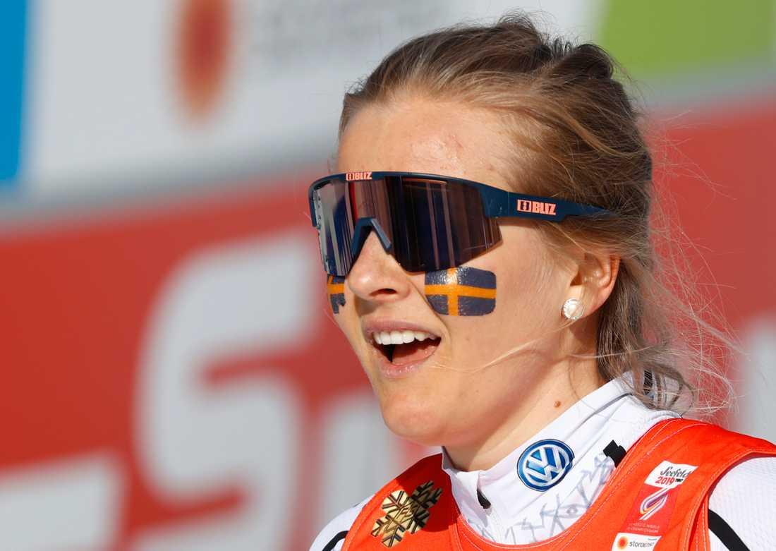Minst två år, kanske ännu längre – så lång tid kan det dröja innan Stina Nilsson är med och utmanar om mästerskapsmedaljer i skidskytte, tror svenske landslagstränaren Johannes Lukas. Arkivbild.