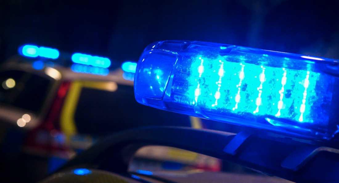 Mannen är misstänkt för minst två sexualbrott mot barn.