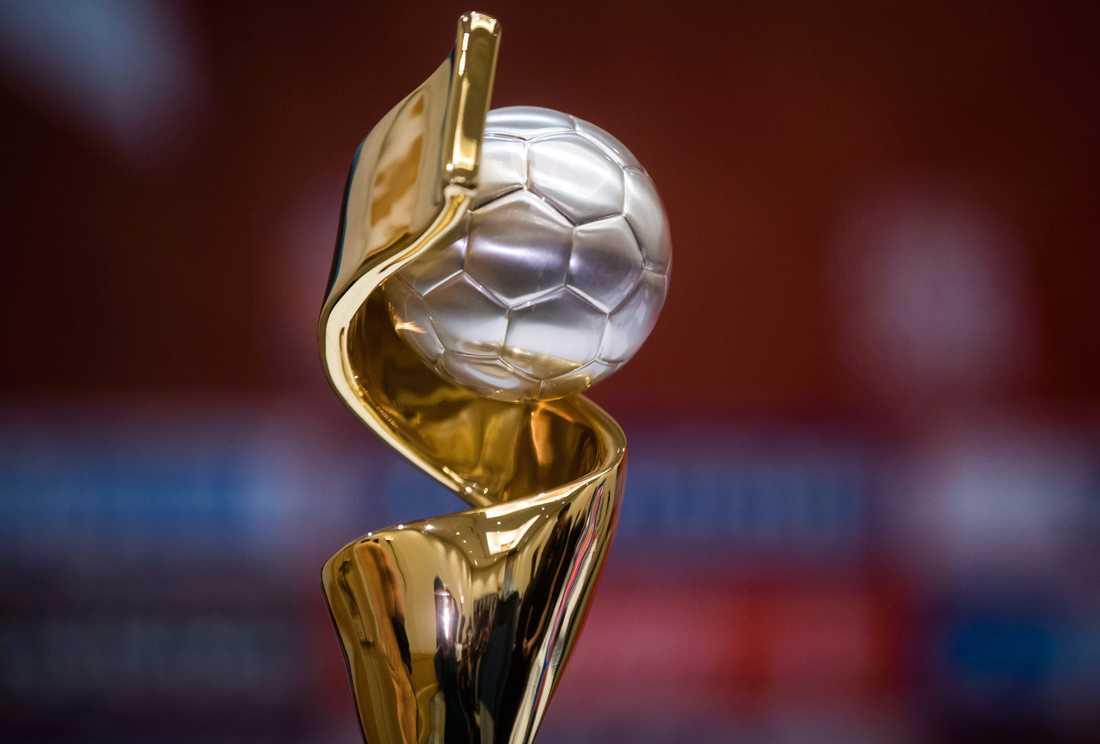 24 lag gör upp om bucklan i fotbolls-VM i Frankrike nästa år. Arkivbild.