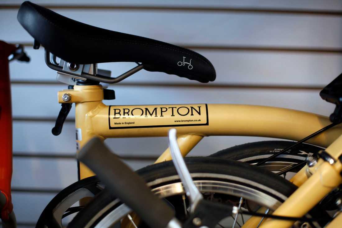 Cykeltillverkaren Brompton har tagit höjd för importproblem i händelse av avtalslöst brexit.