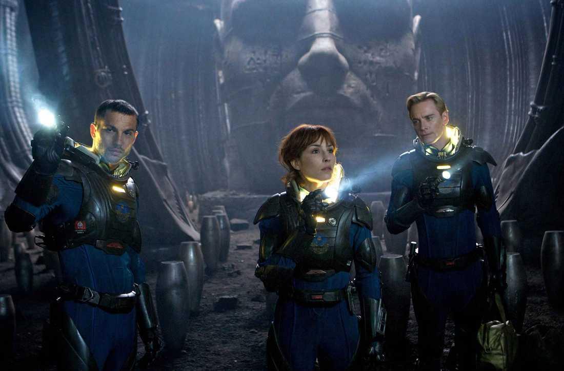 Logan Marshall-Green, Noomi Rapace och Michael Fassbender.
