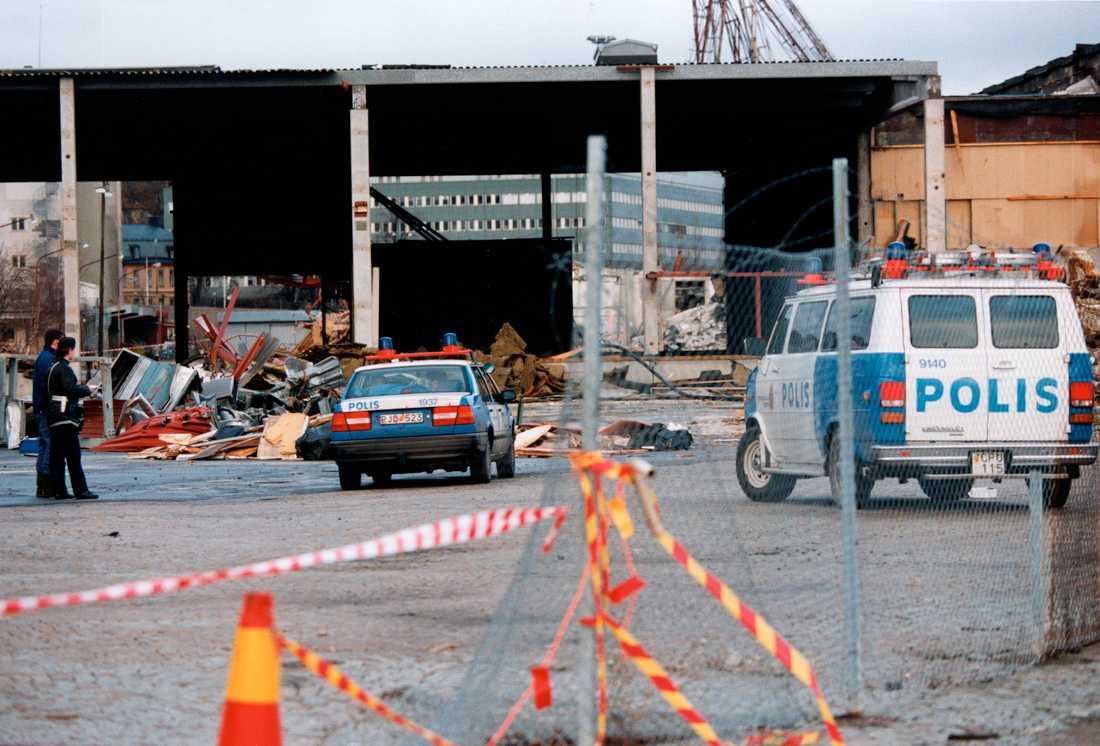 Polisen fann 16-årige Anders död vid ett rivningshus i Norra Hammarbyhamnen på nyårsdagen 1995.