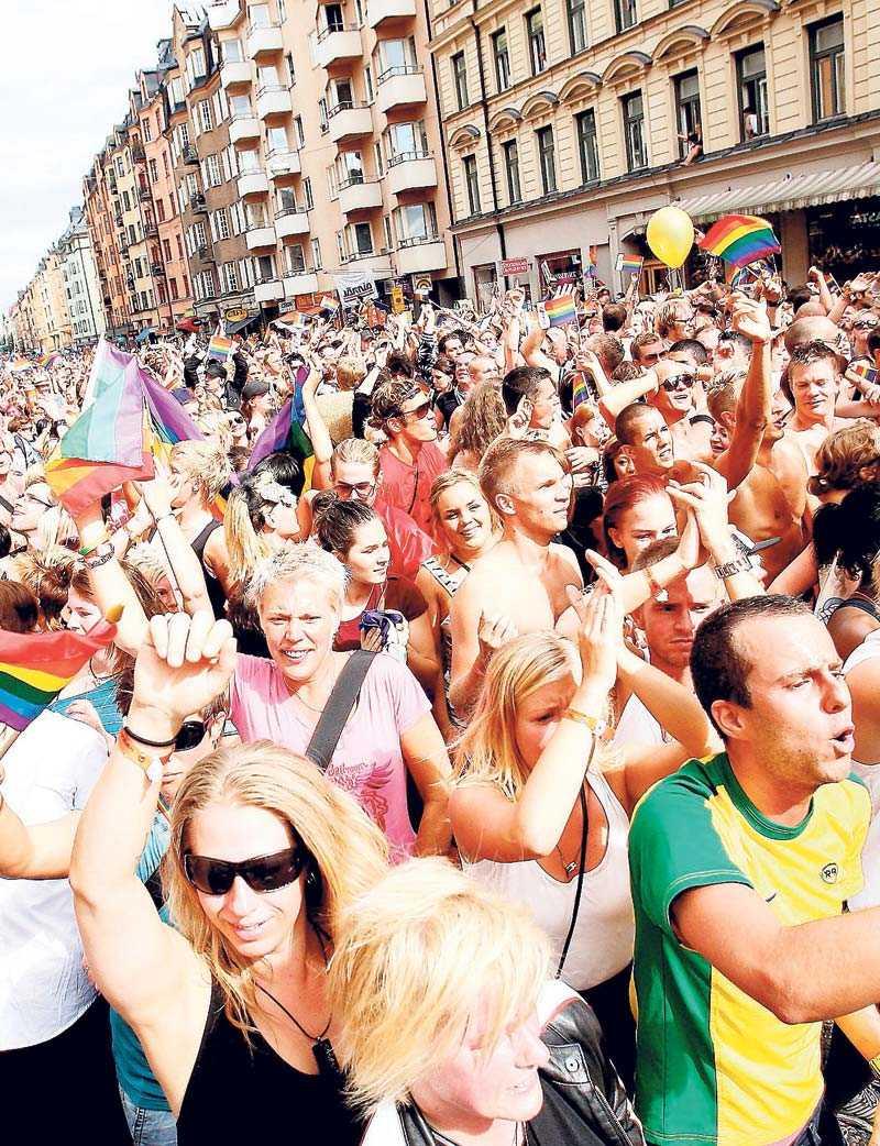 Klasslös parad för sexuellt likaberättigande? Stockholm Pride 2009.