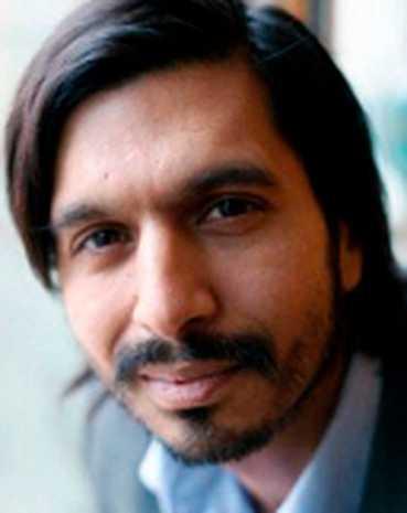 Qaisar Mahmood (född 1973) arbetar som kulturarvschef på Riksantikvarieämbetet.