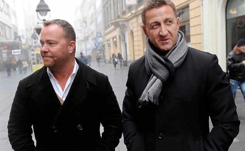 """Aftonbladet har träffat Daniel Webb och Milan Sevo i Belgrad, där Sevo bor sedan åtta år. För första gången berättar de nu om hur de fick uppdraget att städa undan skandalerna i boken """"Den motvillige monarken"""". De säger att de först bara fick veta att de skulle hjälpa kungen på något sätt."""