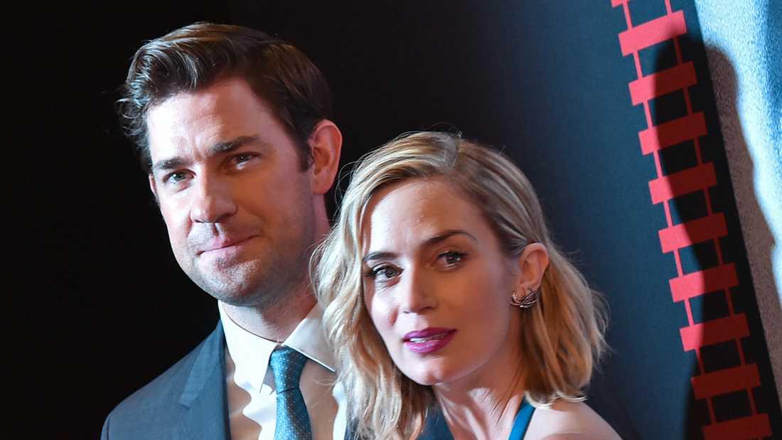 De gifte sig hemma hos George Clooney. Nu toppar John Krasinski och Emily Blunt biolistan i USA.