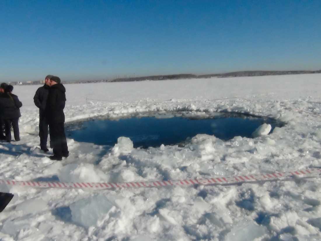 En av nedslagsplatserna strax norr om Chelaybinsk. Nu flockas diamantjägarna kring de ryska städer där rymdstenarna igår slog ner. Orsaken är att det kan dölja sig dyra diamanter och stenar i närheten av nedslagsplatserna.
