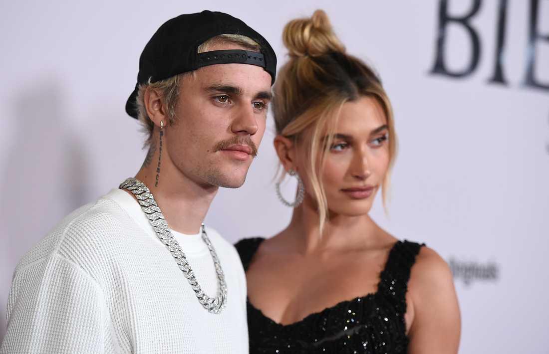 """Justin Bieber och frun Hailey Bieber vid lanseringen av """"Justin Bieber: Seasons"""". Arkivbild."""