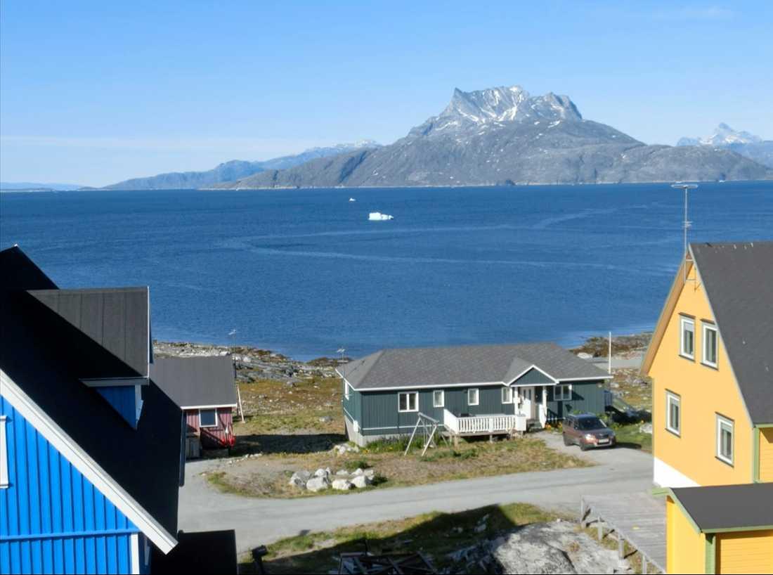 Säkra kommunikationslinjer till Färöarna och Grönland (bilden) väntas vara på plats först nästa år. Arkivbild.