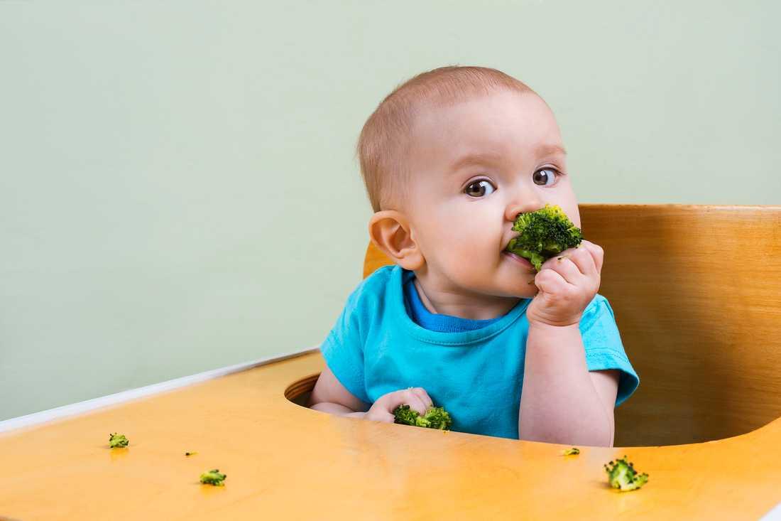 Forskarna har undersökt hur vi kan få barn att äta mer grönsaker.