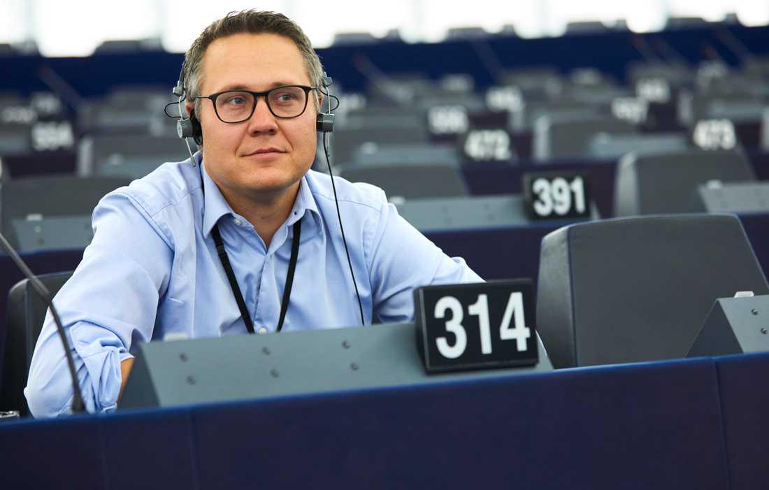Johan Danielsson (S) har varit drivande i EU-parlamentets hantering av nya regler för lastbilstrafiken i EU. Arkivfoto.