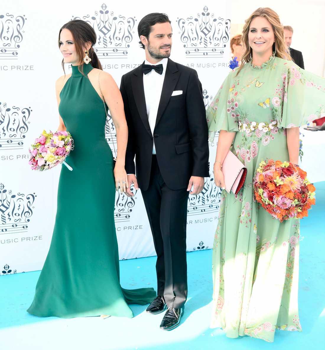 Prinsessan Sofia, prins Carl Philip och prinsessan Madeleine.