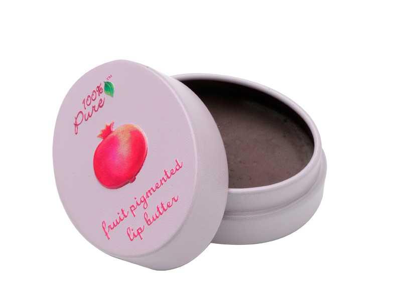 """Fukta! Vårdande och återfuktande läppbalsam med en bas av ekologiskt avokado-, shea- och kakaosmör och färg av naturliga frukt- och bärpigment.  100% Pure """"Fruit pigmented lip butter"""" i färgen """"Pomegranate"""", 9 g, 135 kronor, Eleven.se."""