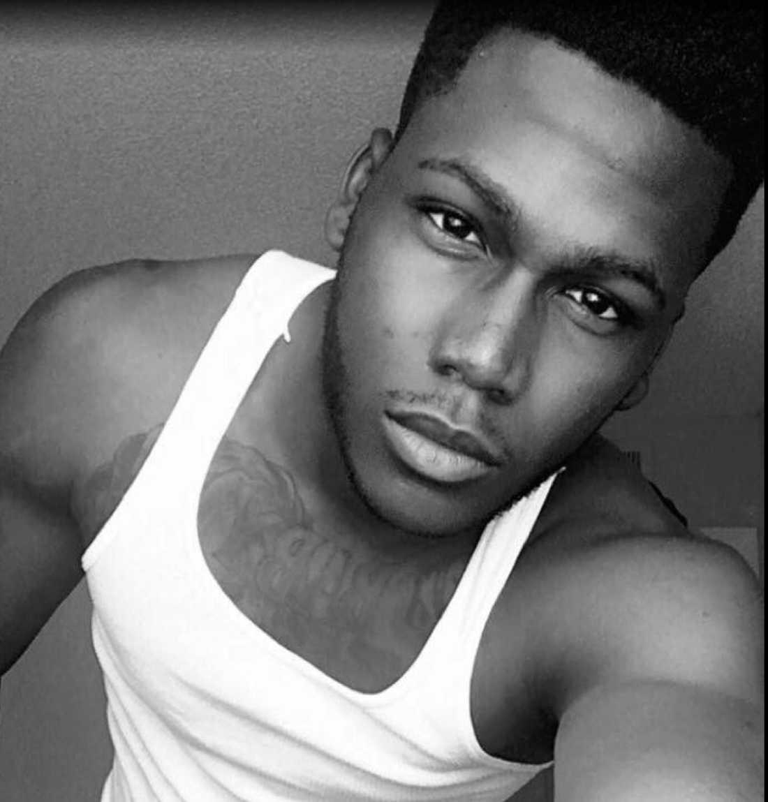 Jason Benjamin Josaphat, 19, student vid Southern Technical College i Orlando. Är det yngsta offret som identifierats.