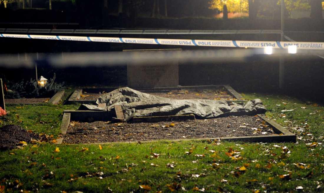 Händelsen inträffade i samma församling som Bollebygds kyrka där en 8-årig flicka hamnade under en gravsten och dog 2011. ARKIVBILD.