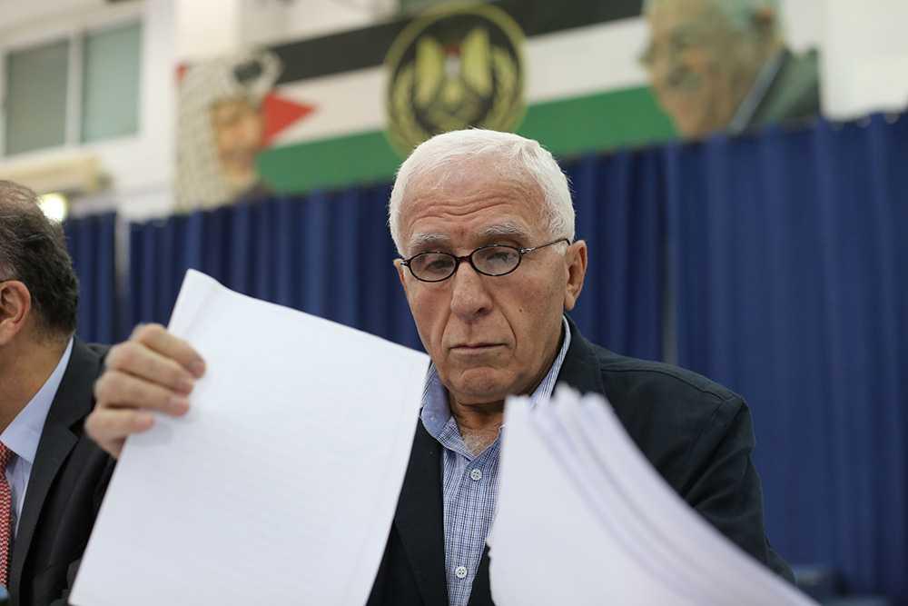 Azzam al-Ahmad, som leder den palestinska delegationen, har sagt att han är optimistisk inför dagens samtal.