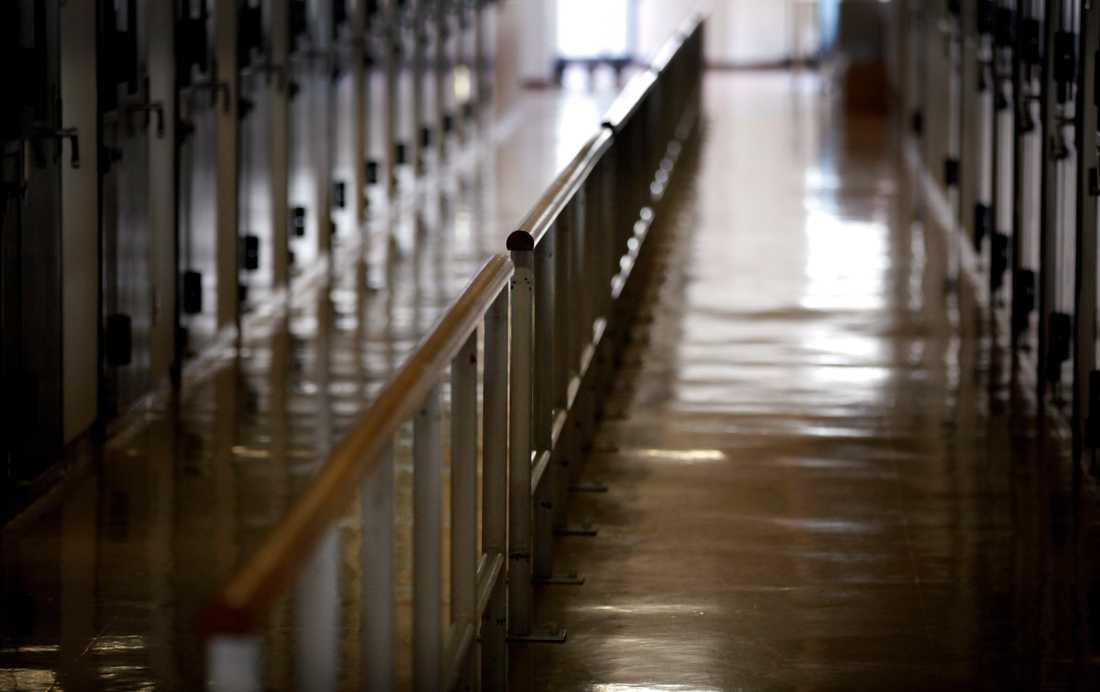 En korridor på det japanska fängelset i Onomichi. Arkivbild.