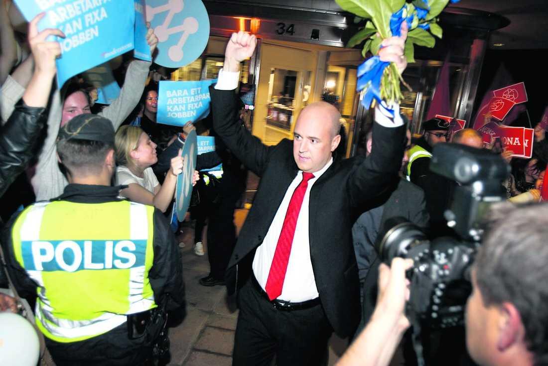 Fredrik Reinfeldt fick bäst betyg av tittarna efter tv-debatten mot Mona Sahlin i går – 3,6 mot 3,2.