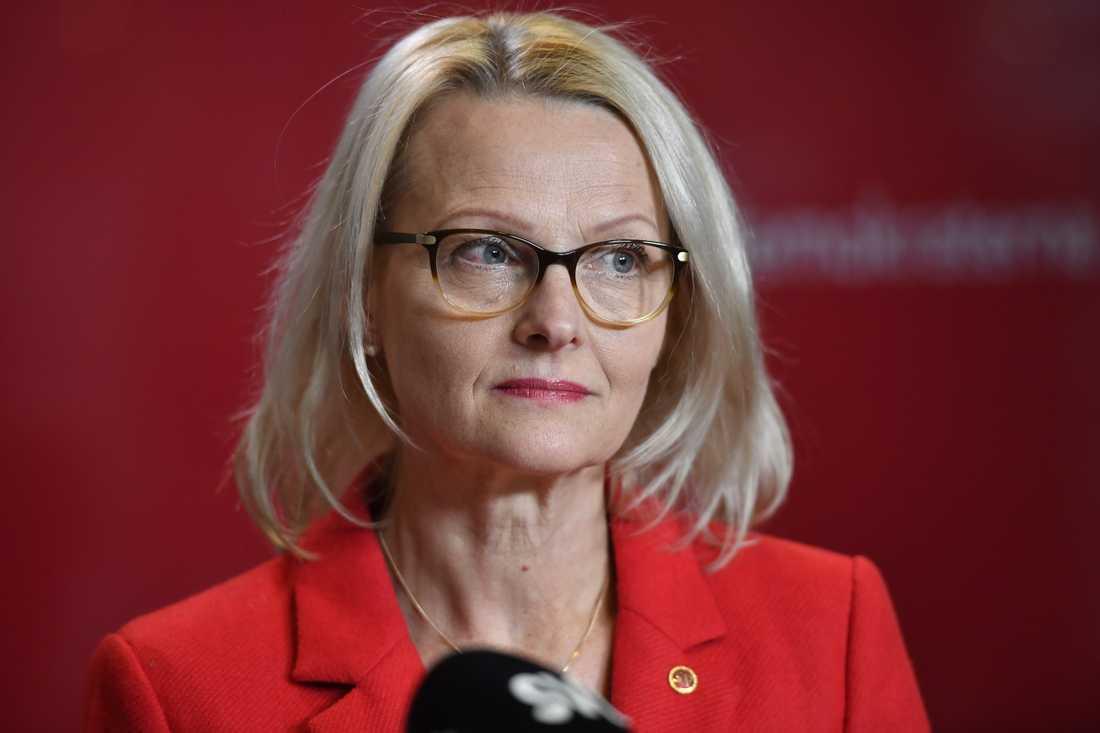 """Heléne Fritzon, Socialdemokraterna, säger att Tobé vilseledde väljarna under utfrågningen i SVT. """"Vi står för vår politik och jag hoppas att M också är beredda att stå för sin""""."""