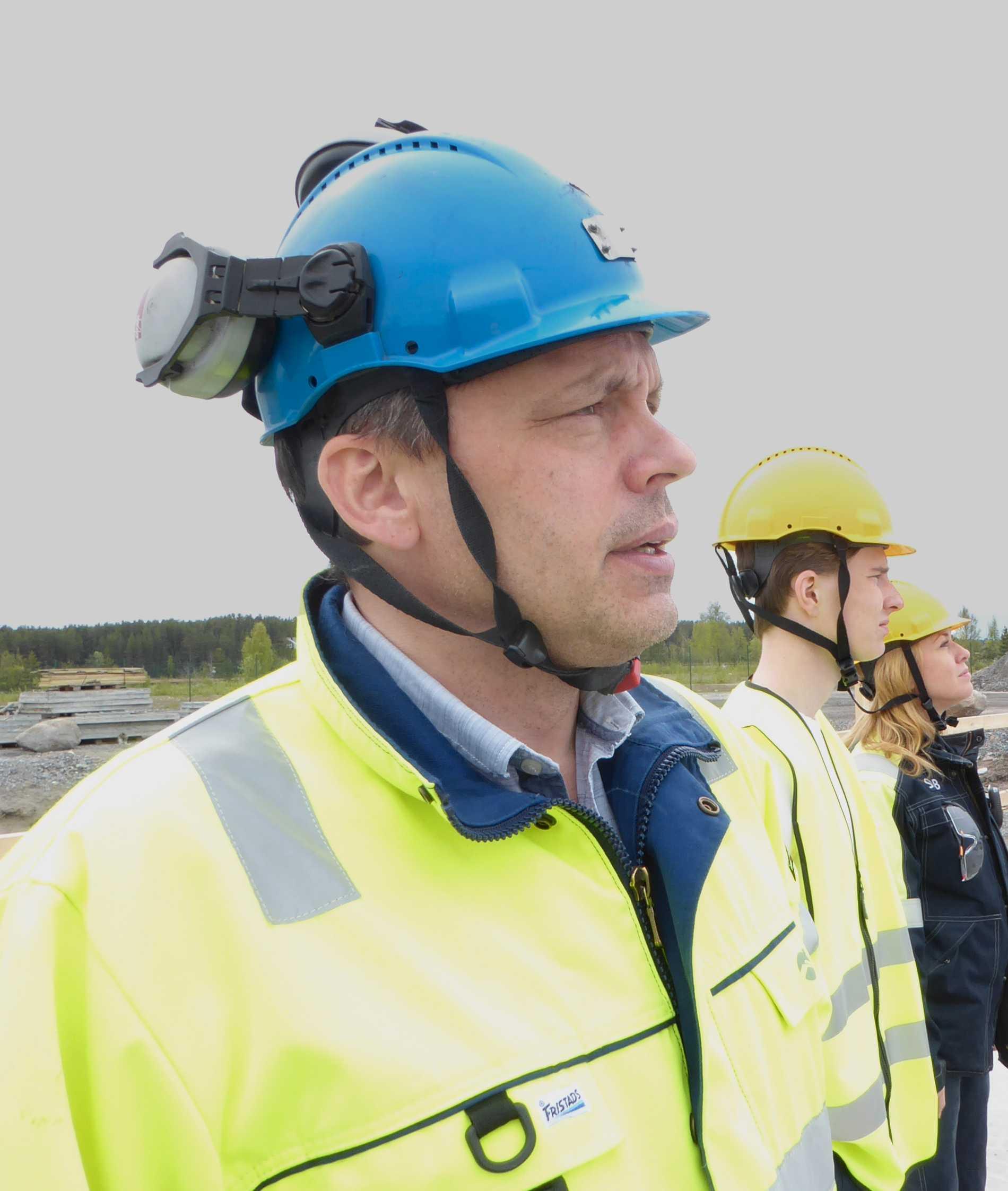 Per Lundström på bygget av försöksanläggningen.