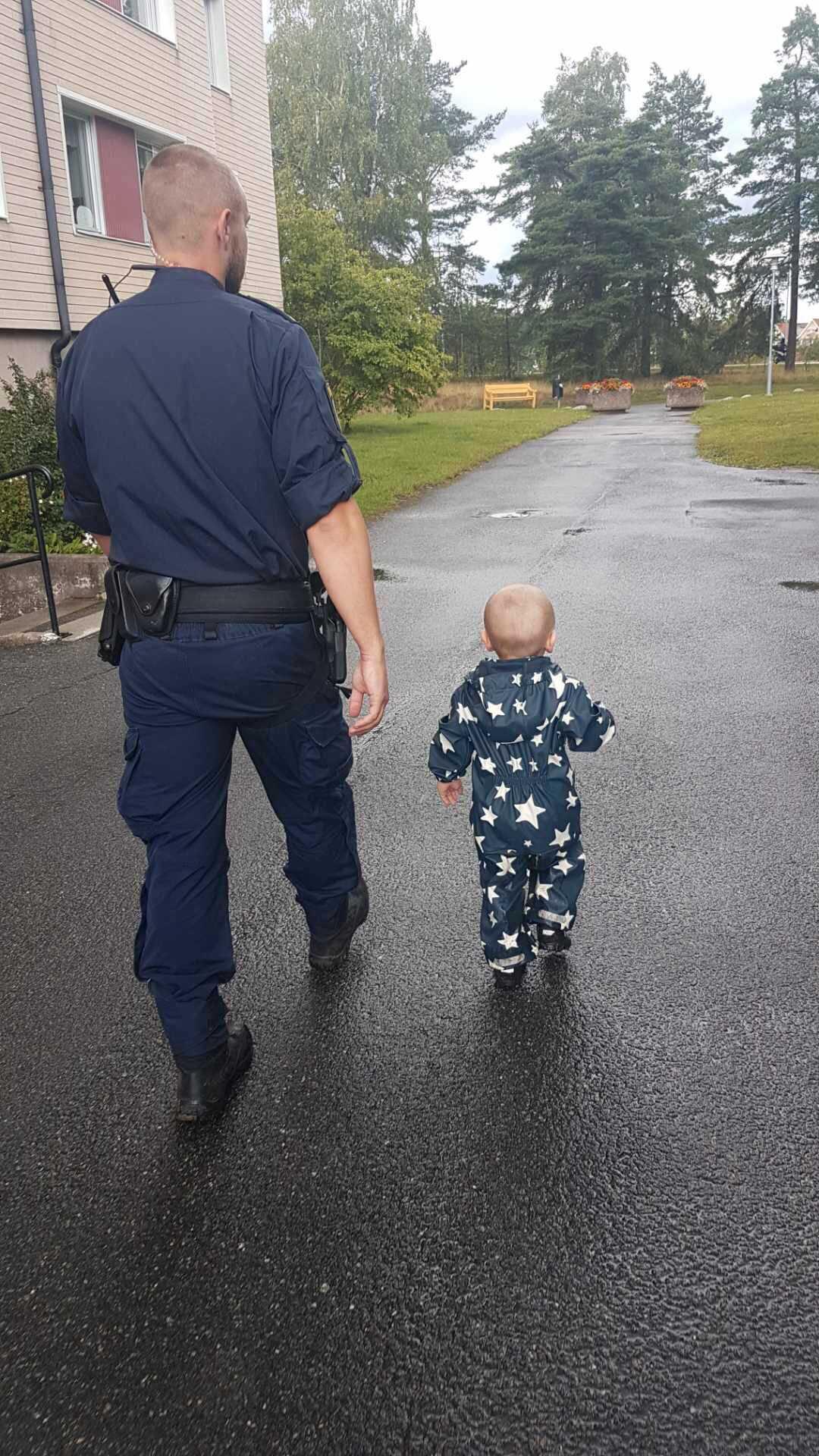 Polisen tog uppdraget på stort allvar.