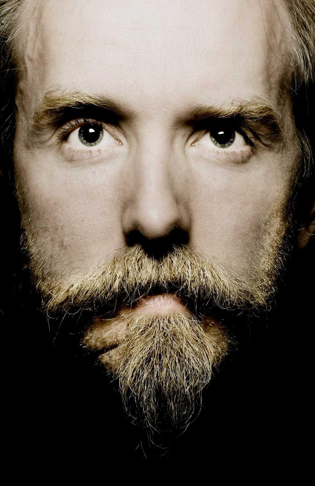 Under fängelsetiden fortsatte Vikernes att ge ut skivor under namnet Burzum.
