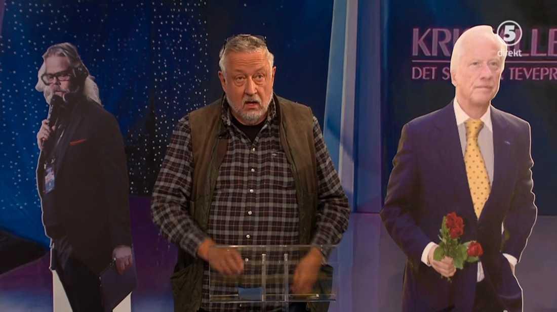 Kanal 5 försökte efterlikna Kristallen genom att ställa upp pappfigurer av prisutdelaren Loa Falkman och studiomannen Henric von Zweigbergk intill Leif GW Persson när han fick hålla sitt tacktal.