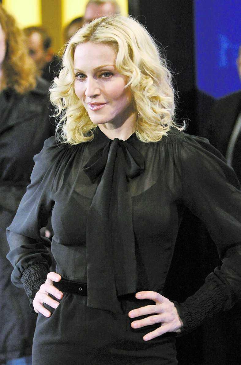 Guy Ritchie och Madonna ligger i skilsmässa. Nu hotas Ritchie till livet av ett fanatiskt Madonnafan.
