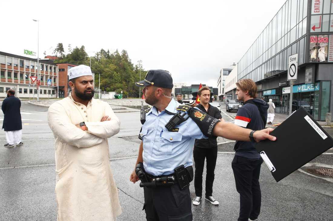 En församlingsmedlem från al-Noor Islamic Centre vid id al-adha-firandet i Sandvika.