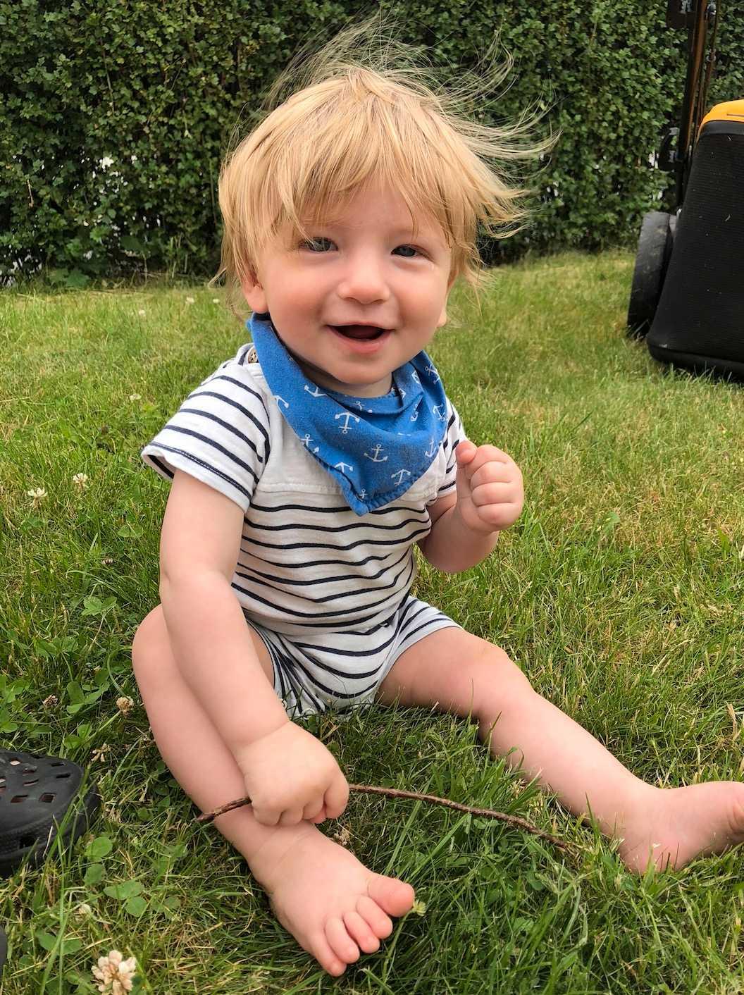 Matheius är 7,5 månad och han har en hel del hår. Bild inskickad av mamman Johanna Öjre Björklund från Trollhättan.