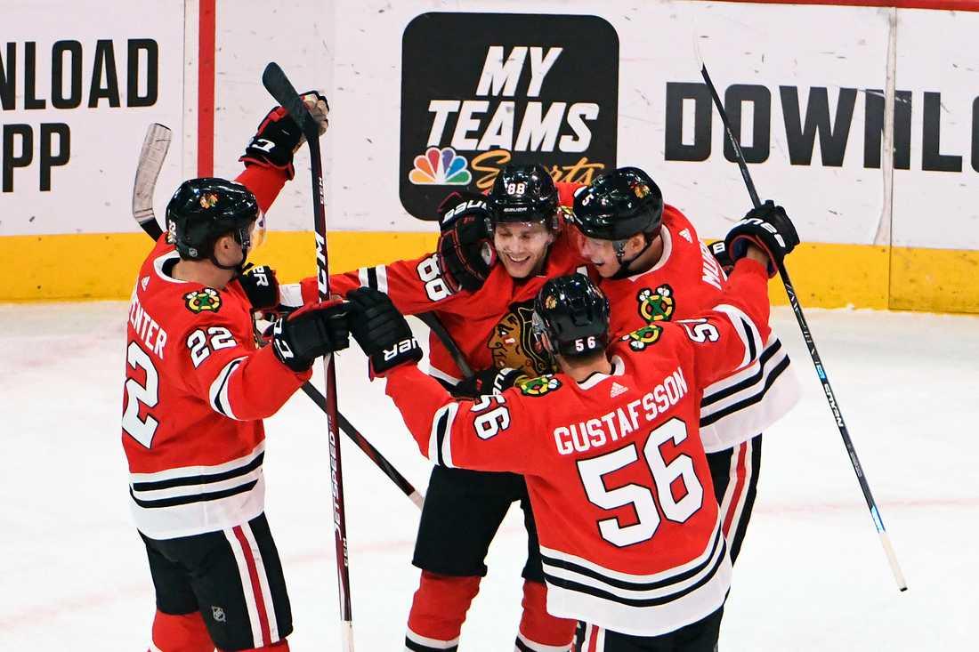 """""""Ett oförglömligt ögonblick"""". Så beskrev Patrick Kane bedriften efter sin tusende NHL-poäng."""
