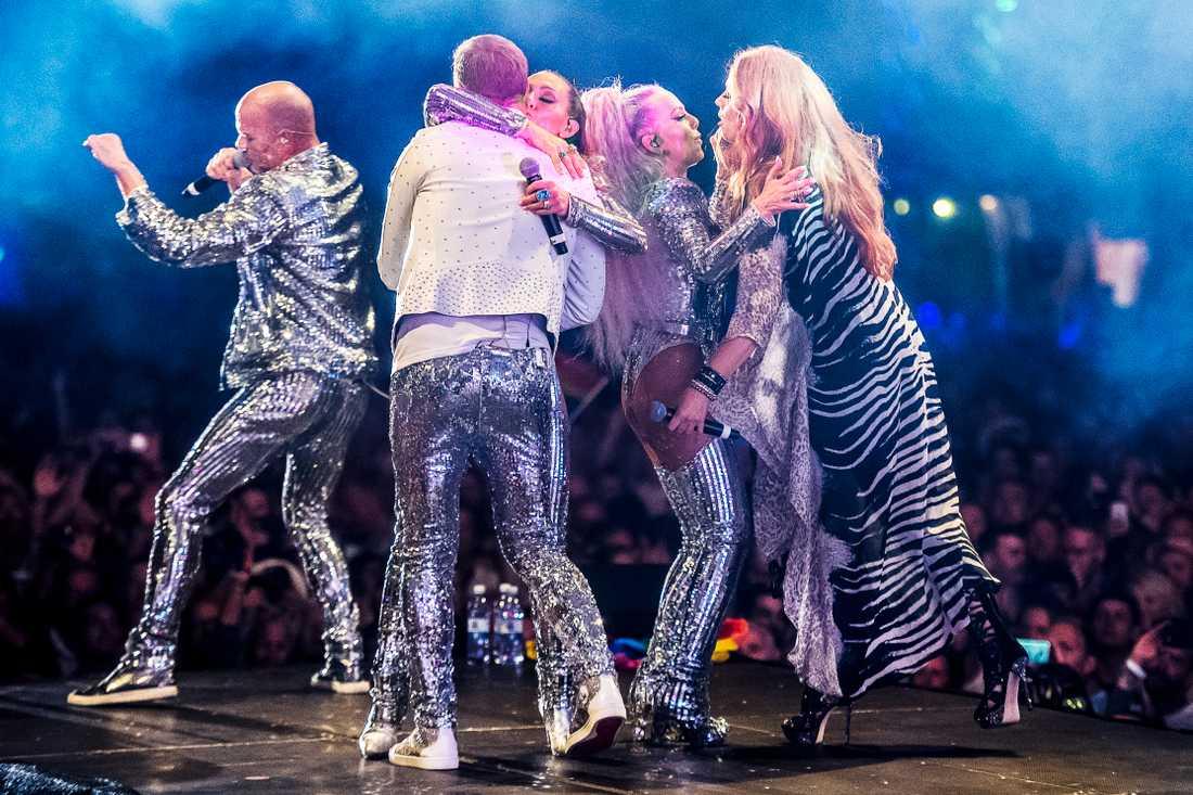 Alcazar återförenas på Stockholm Pride 2018.