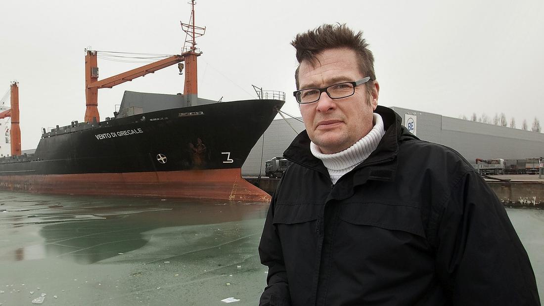 """Tillbaka i hamnen  Kristian Lundbergs (född 1966) förra bok """"Yarden"""" hyllades av kritiker och belönades med Ivar Lo-Johanssons pris."""