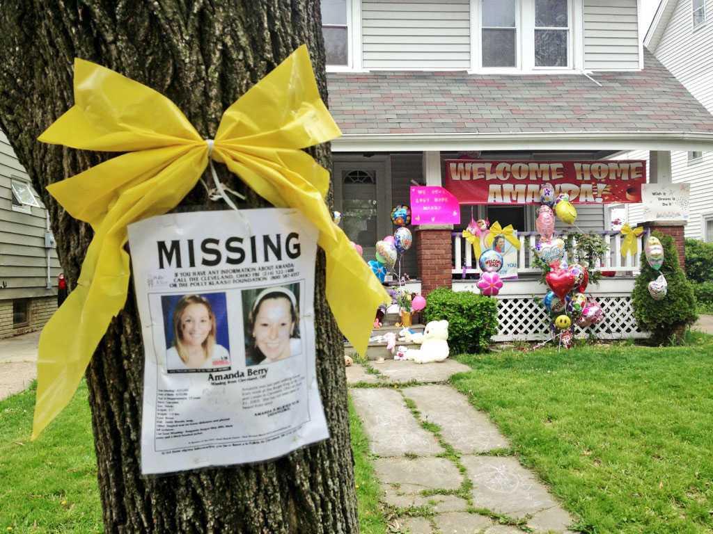 KIDNAPPAD Psykologerna ser det som något av ett mirakel att Amanda Berry fortfarande visste att hon var kidnappad efter att ha varit inlåst i 10 år.