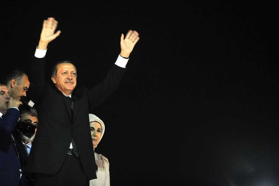 Erdogan talade till folkmassan vid en flygplats i Istanbul.