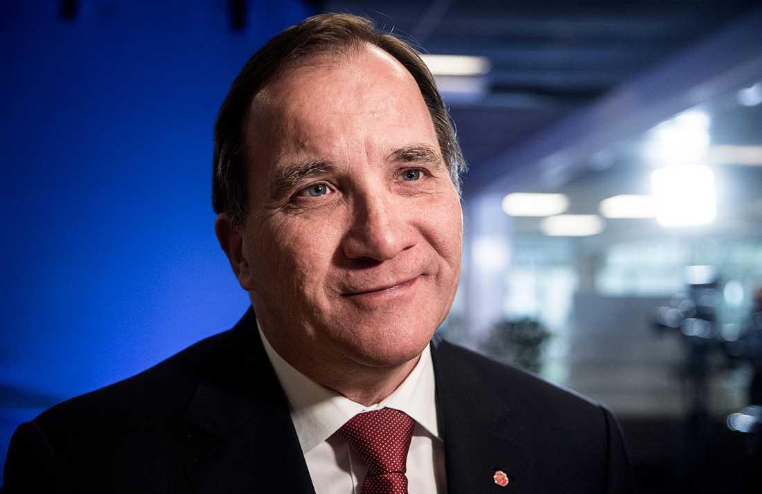 Statsminister Stefan Löfven har all anledning att se nöjd ut.
