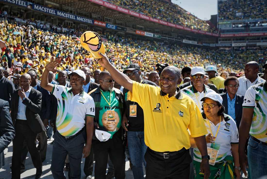 Sydafrikas president Cyril Ramaphosa från Afrikanska nationalkongressen (ANC) vid partiets valslutspurt i Johannesburg.