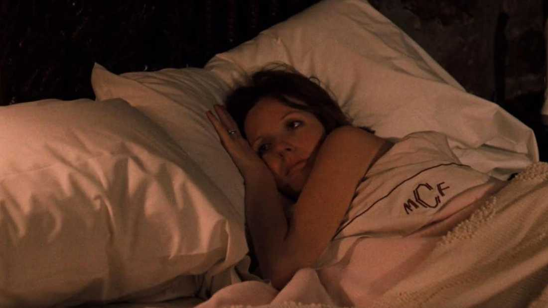 Kay Corleone (Diane Keaton) strax attacken i sovrummet.