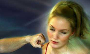 Var tredje kvinna har utsatts för våld av en man som hon INTE har en pågående sexuell relation med. Var fjärde kvinna har utsatts för sexuellt våld utanför hennes sexuella relation. Det visar omfångsundersökningen  Slagen  dam från Rikskvinnocentrum.