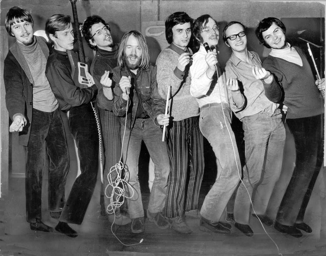 Blå Tåget 1971. Från vänster: Kjell Westling, Göran von Matérn, Urban Yman, Leif Nylén, Tore Berger, Torkel Rasmusson, Mats G Bengtsson och Roland Keijser.