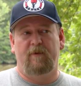 KKK-ledaren Justin Moore.