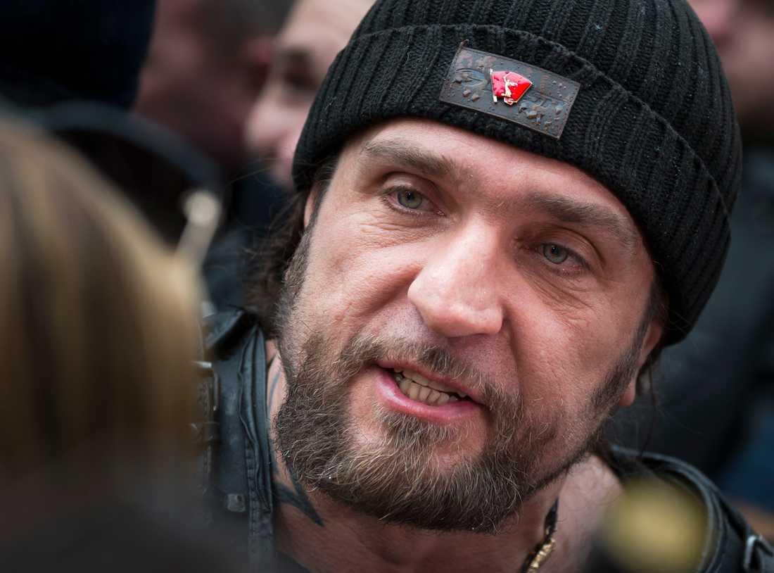 Mc-gänget Night Wolves ledare Alexander Zaldostanov är en känd figur i Ryssland. Nu har gänget etablerat sig i EU - i ett litet samhälle sju mil utanför Slovakiens huvudstad Bratislava. Det slovakiska lägret sägs nyttjas för militärövningar, men till media har ledare för gruppen i Slovakien bland annat hävdat att lägret bara är ett militärmuseum. Bilden är från 2015.