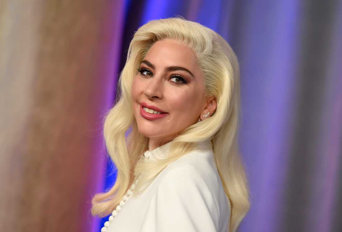 Lady Gaga berättar om uppbrottet med Christian Carino.