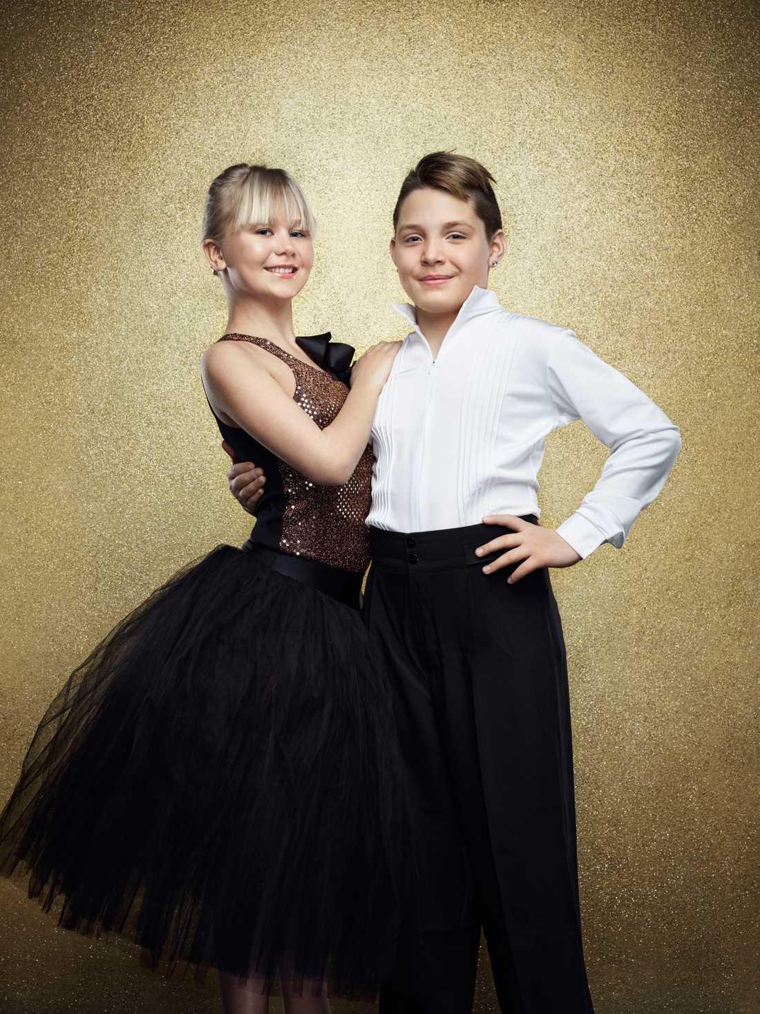 Julius Jimenez Hugoson, 10 år. Spelar Håkan Bråkan i Sune-filmerna och dansar med Johanna Lindholm.