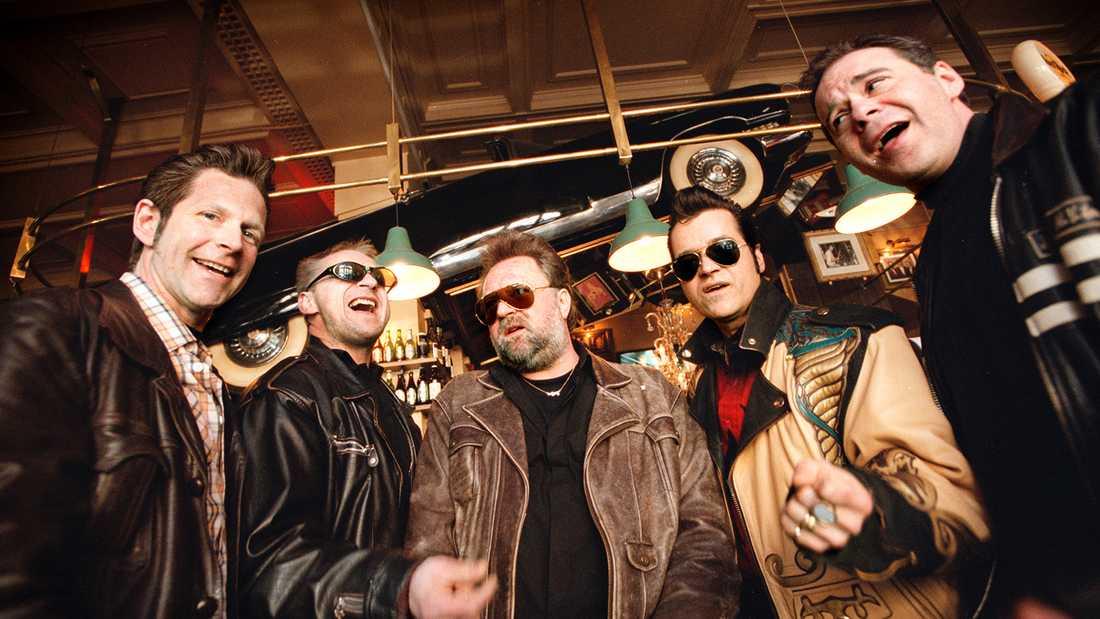 The Boppers originalmedlemmar under en återförening 2002. Från vänster Matte Lagerwall, Ville Wallén, Ingemar Wallén, Peter Jezewski och Lasse Westerberg.