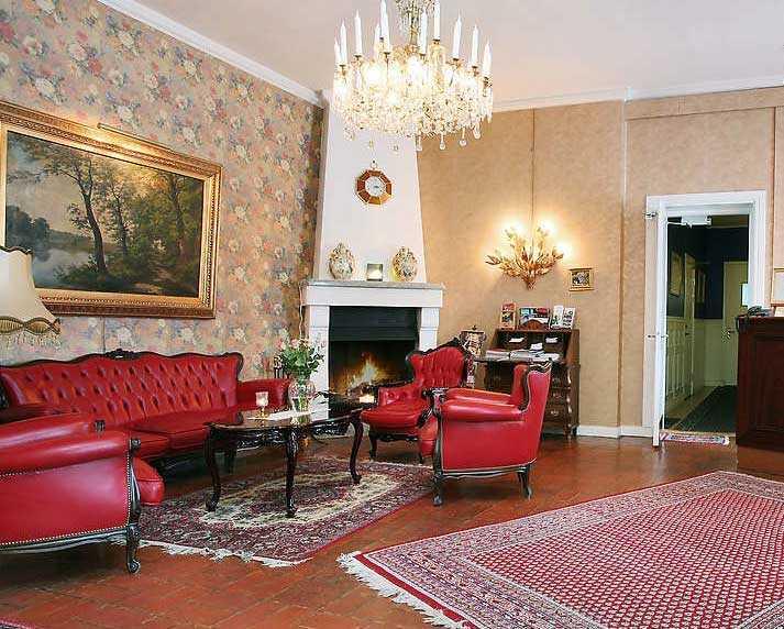 Ett av rummen i Törneby.
