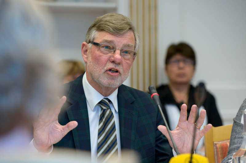 Björn von Sydow (S), försvarsminister mellan 1997 och 2002, säger att han inte känner till avtalet från 1954.